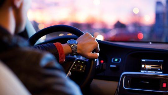 Wat gebeurt er wanneer je meer dan 30 km/u te hard rijdt?